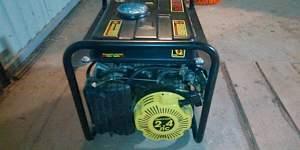 Генератор бензиновый Huter 1000