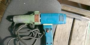Электрический ударный гайковерт иэ 3113