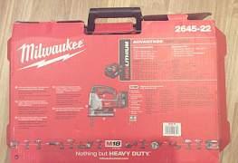 "Лобзик ""Milwaukee"" 2645-22 (Milwaukee JS-402C)"