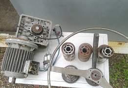 Двигатель с комплектующими для трубогиба