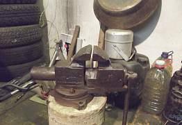 Тиски разные, сделано в СССР